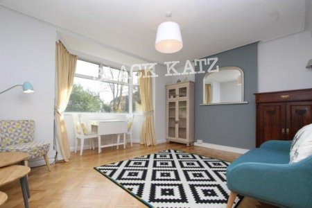 Barrington Court, Colney Hatch Ln, London N10 1QG, UK - Source: Black Katz