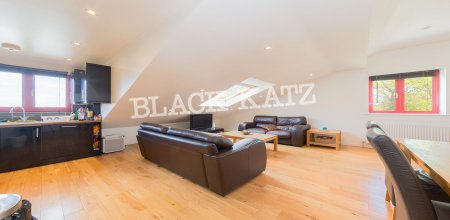 Redcroft Estate, 226 Iverson Rd, London NW6 2HL, UK - Source: Black Katz