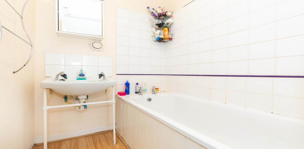 4 Bedroom Apartment to rent in Pickard Street EC1V, ANGEL ...